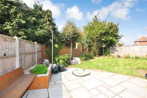 2 bedroom maisonette for sale - Philip Road, Staines-upon-Thames, Surrey, TW18