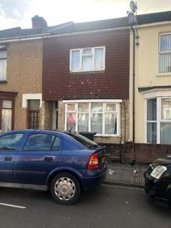 4 bedroom terraced house to rent - Margate Road, Southsea PO5