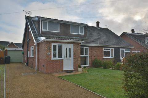 3 bedroom chalet for sale - Limmer Avenue, Diss