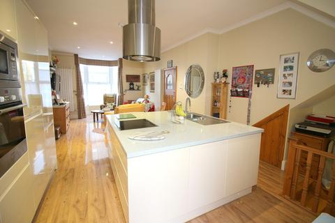 4 bedroom terraced house for sale - St. James Place West, Plymouth