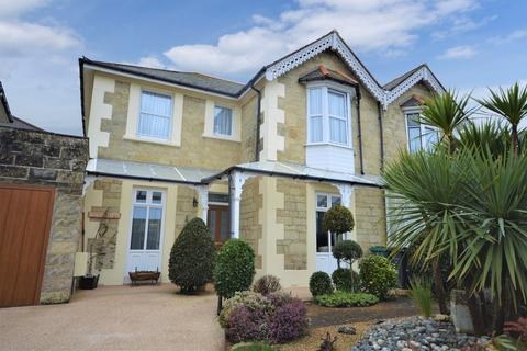 4 bedroom semi-detached house for sale - Florence Road, Shanklin