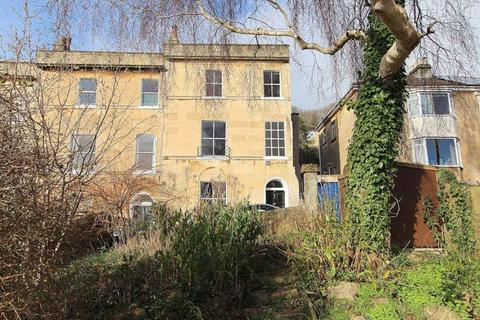 4 bedroom end of terrace house for sale - Highbury Place, Bath