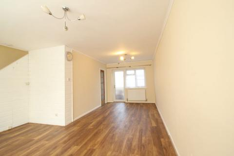 3 bedroom terraced house to rent - Welbeck Road, Maidenhead