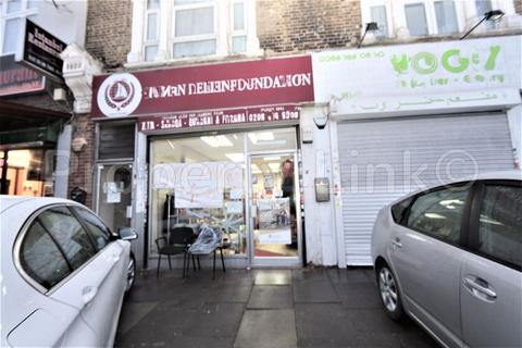 Property to rent - Romford Road, London