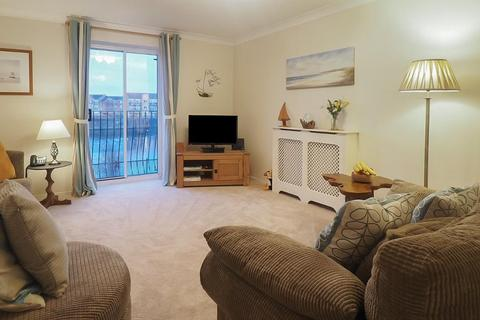3 bedroom apartment for sale - Plimsoll Way, Victoria Dock, Hull, HU9 1PW