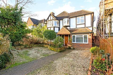 4 bedroom detached house for sale - Manor Road South, Esher, Surrey, KT10