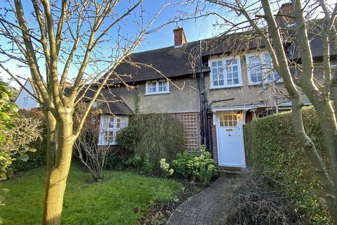 3 bedroom semi-detached house for sale - Midholm, Hampstead Garden Suburb