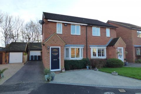 3 bedroom semi-detached house for sale - Kempston, Beds, MK42 7SQ