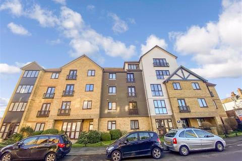 2 bedroom flat for sale - West Cliff Road, Broadstairs, Kent