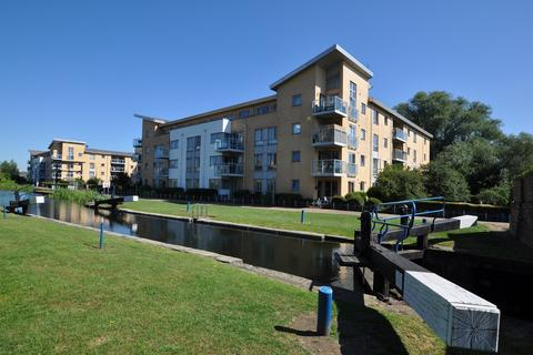 2 bedroom flat for sale - Lockside Marina, Chelmsford, CM2