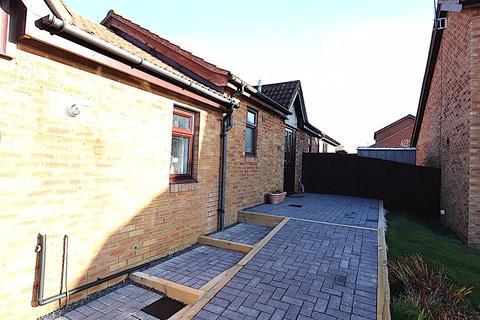 3 bedroom semi-detached house for sale - Falconers Rise, East Hunsbury, Northampton