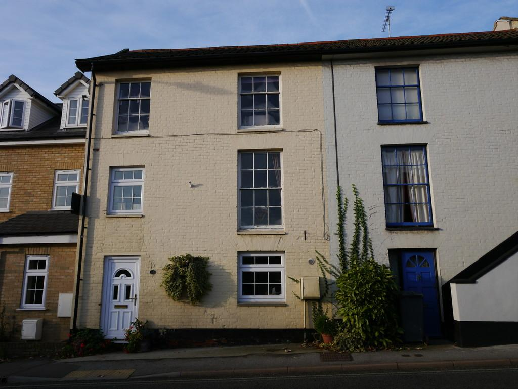 3 Bedrooms Terraced House for sale in College Road, Framlingham