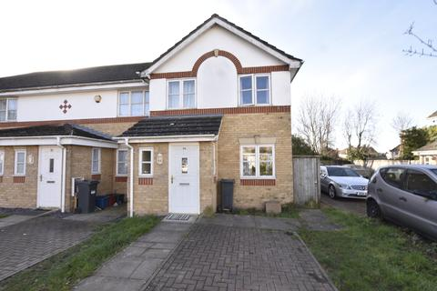 3 bedroom semi-detached house for sale - Highfield road, Feltham, Middlesex, TW13