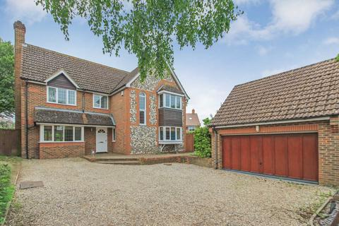 4 bedroom detached house for sale - Bishops Field, Aston Clinton