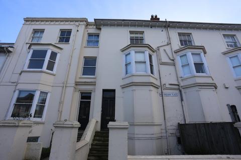 Studio to rent - Buckingham Place, Brighton
