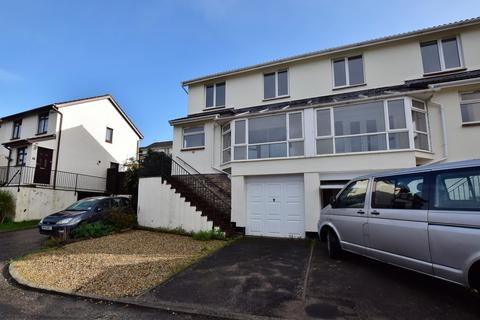 3 bedroom semi-detached house for sale - Wrefords Close, Exeter, EX4