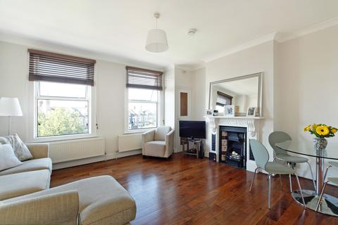 2 bedroom flat to rent - East Hill, Wandsworth, SW18