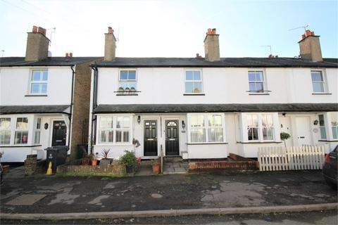 2 bedroom terraced house to rent - Pinewood Close, Gerrards Cross, Buckinghamshire