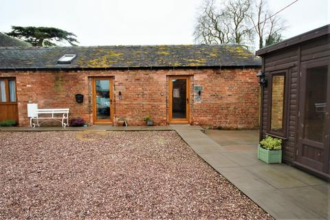 2 bedroom barn conversion to rent - Ellenhall Road, Ellenhall, Stafford