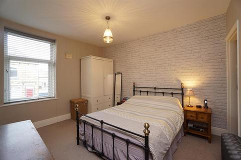3 bedroom terraced house for sale - Coombe Road, Crookes, Sheffield, S10 1FF