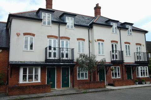 4 bedroom terraced house to rent - Towngate Mews, Ringwood