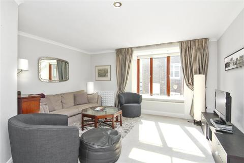 2 bedroom mews for sale - Bowland Yard, London, SW1X