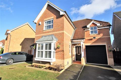 3 bedroom detached house for sale - Buttercup Close, Stockton, TS19 8FE