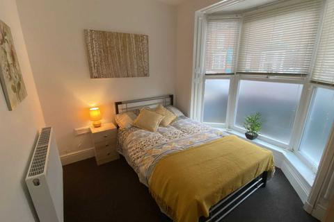 1 bedroom house share to rent - Room 1, Cranwell Street