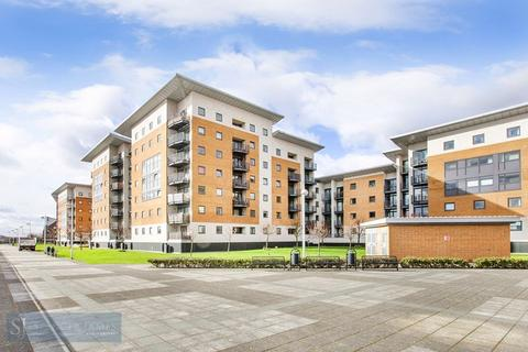 2 bedroom apartment for sale - Sheerness Mews, Galleons Lock, E16