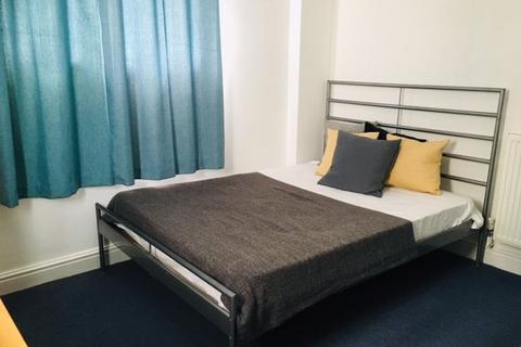 4 bedroom house to rent - Bryn-y-mor Crescent, Uplands, Swansea