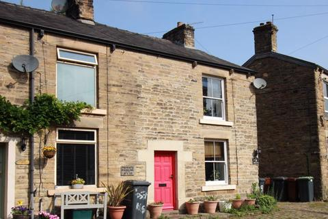 2 bedroom property to rent - High Street, New Mills
