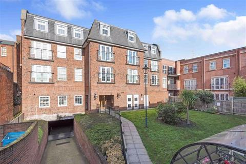 2 bedroom flat for sale - Constable Mews, Bromley, Kent
