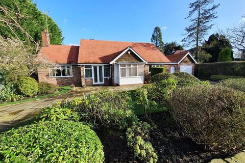 3 bedroom detached bungalow for sale - Hollies Lane, Wilmslow