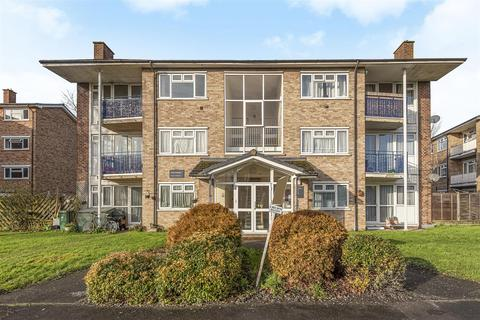 2 bedroom flat for sale - Grove Crescent, Croxley Green, Rickmansworth