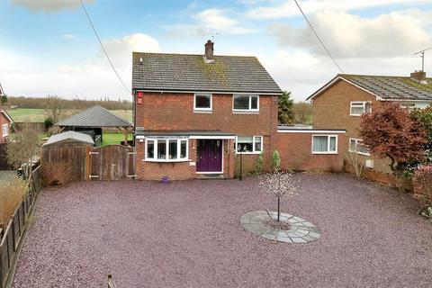 4 bedroom detached house for sale - Hale Street, East Peckham, Tonbridge