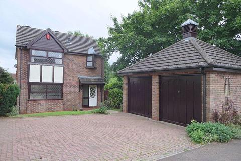 3 bedroom detached house to rent - Pembroke Drive, Stone, Staffordshire