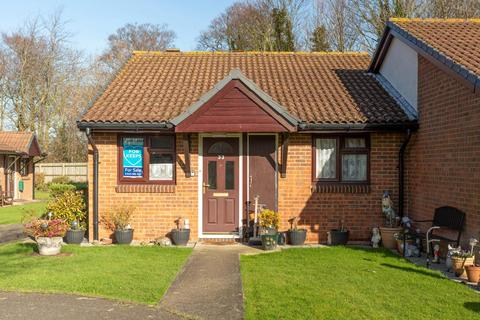 2 bedroom semi-detached bungalow for sale - Church Court Grove, Broadstairs