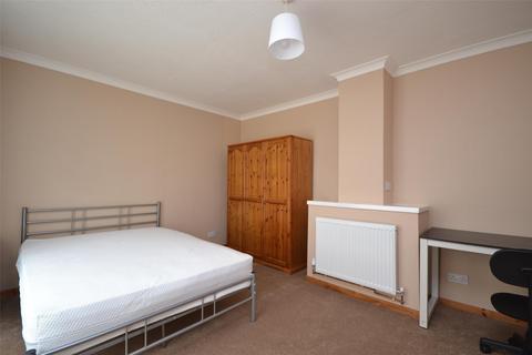 4 bedroom semi-detached house to rent - Shaws Way, BATH, Somerset, BA2