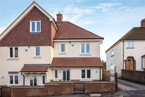 3 bedroom semi-detached house for sale - Kitsbury Road, Berkhamsted, Hertfordshire, HP4