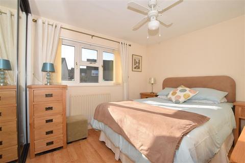 3 bedroom semi-detached house for sale - Green Way, Tunbridge Wells, Kent