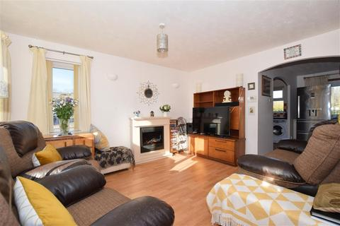3 bedroom semi-detached house for sale - Green Way, Tunbridge Wells, Kent