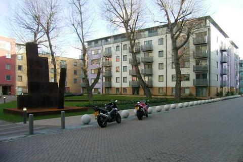 1 bedroom apartment to rent - Deals Gateway, London, SE13