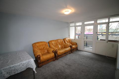 2 bedroom flat for sale - Trinity Gardens, London, E16
