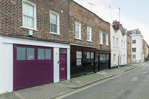 2 bedroom mews to rent - Boston Place, London