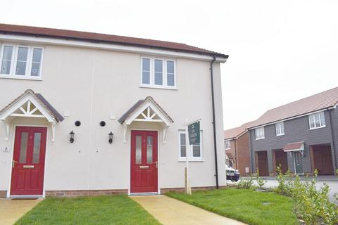 2 bedroom semi-detached house to rent - Skippers Way, Walton on the Naze