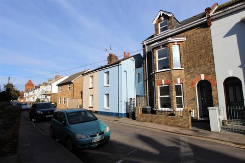 5 bedroom end of terrace house for sale - Blenheim Road, Deal, CT14