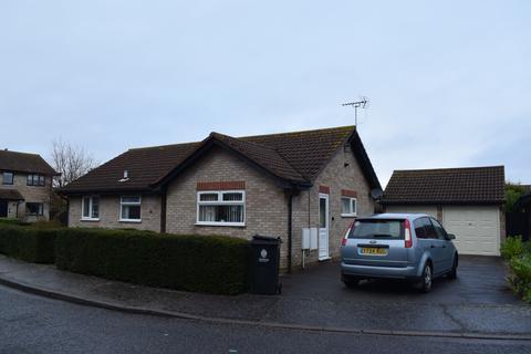 3 bedroom bungalow to rent - Ashmole Drive, Frinton on Sea