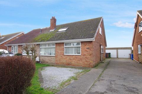 3 bedroom bungalow for sale - Plumtree Road, Thorngumbald, Hull, HU12