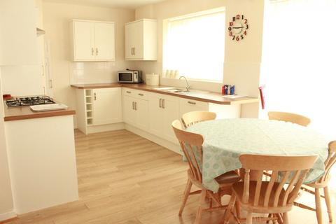 4 bedroom terraced house to rent - Lewes Road, BRIGHTON BN2