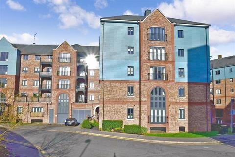 2 bedroom flat for sale - Medway Wharf Road, Tonbridge, Kent